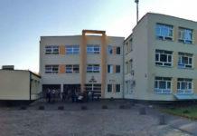 Zespół szkół numer 1 w Piasecznie