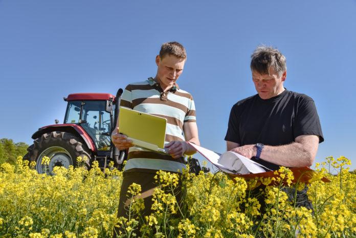 Skorzystaj z pomocy doradcy rolnego