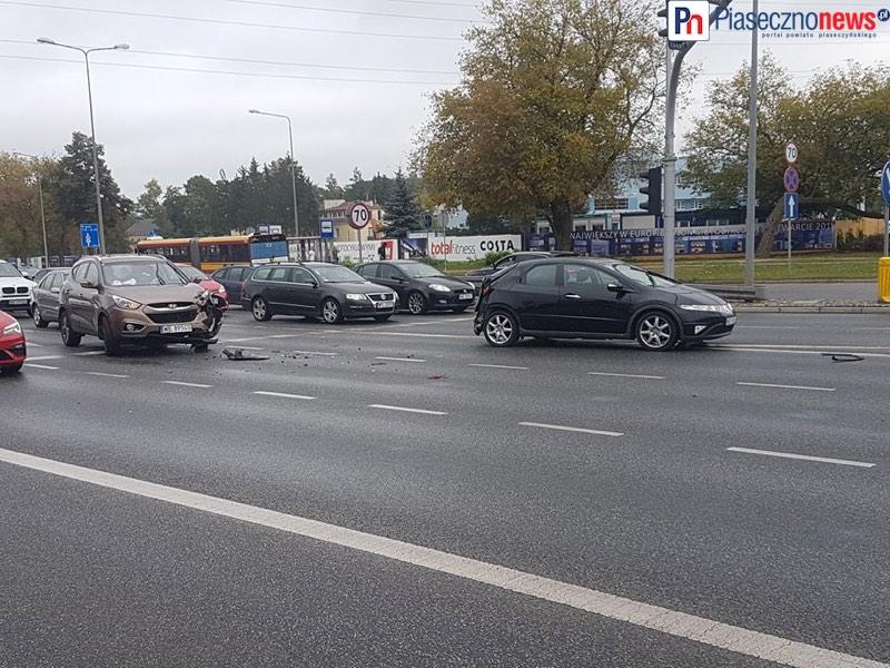 Wypadek na Puławskiej! Dwa pasy ruchu w stronę Piaseczna zablokowane