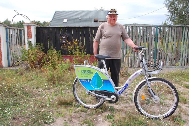Znalazł w lesie rower Veturilo i... ma problem