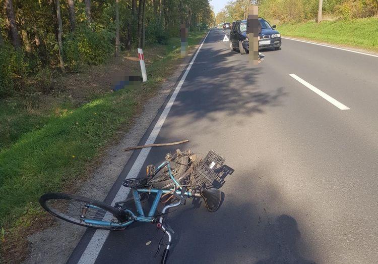 Śmiertelne potrącenie rowerzysty. Droga jest nieprzejezdna!