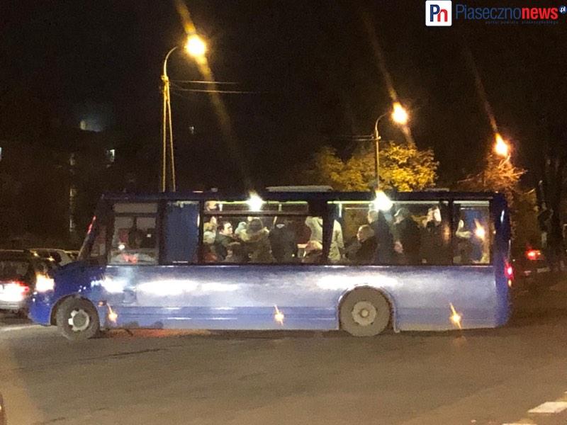 W autobusie jak w bydlęcym wagonie