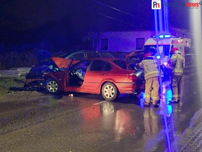 Wypadek w Bobrowcu! Droga zablokowana [AKTUALIZACJA]