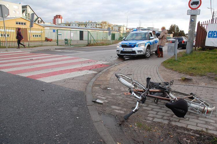 Potrącenie rowerzystki przy Biedronce