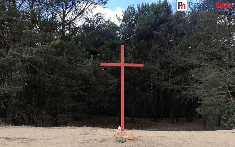 Postawili krzyż przeciw zarazie