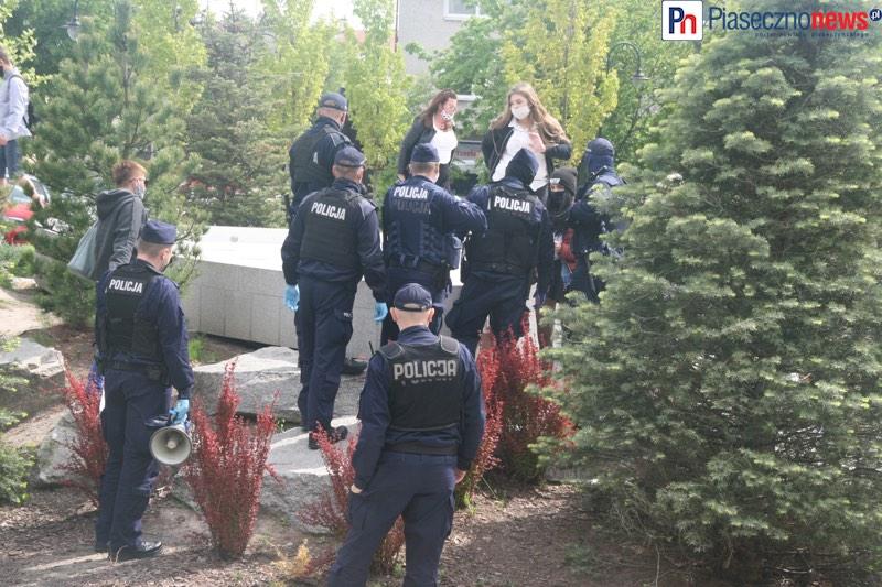 Więcej policjantów niż manifestantów!