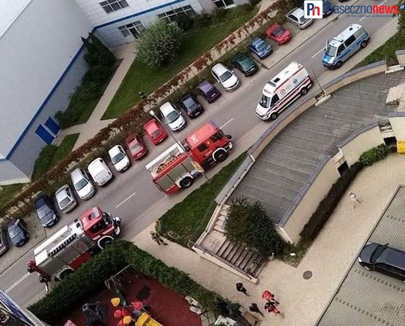 Strażacy weszli oknem. Na pomoc było już za późno