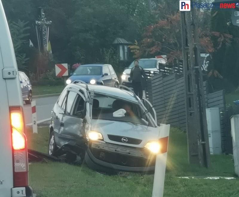Nietrzeźwy kierowca porozbijał auta