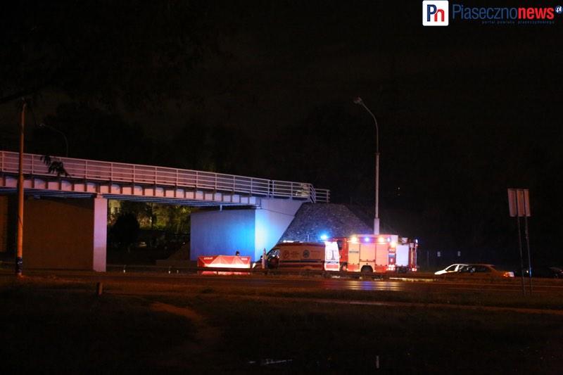 Człowiek spadł z wiaduktu! Puławska w stronę Warszawy zablokowana