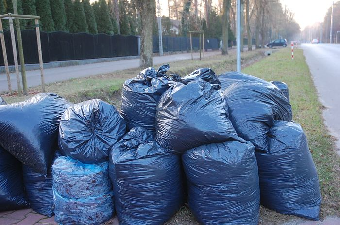 Czy właściciele domów jednorodzinnych powinni płacić więcej za śmieci?