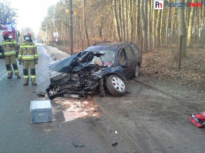 Wypadek w Głoskowie! Droga całkowicie zablokowana [AKTUALIZACJA]